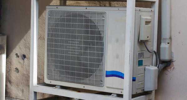 Budget à prévoir pour un cache de pompe à chaleur